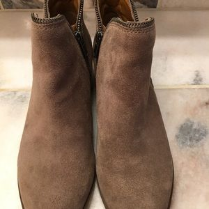 Lucky brand shoes, size 9.5